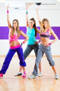 Young women dancing Zumba